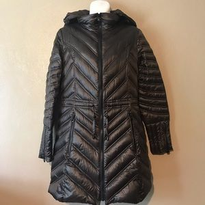 Laundry by Shelli Segal size 2 hooded puffer coat
